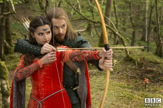 Doctor Who: Jenna-Louise Coleman nell'episodio Robot of Sherwood