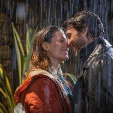 Un'altra vita: un momento tra Daniele Liotti e Vanessa Incontrada nella fiction