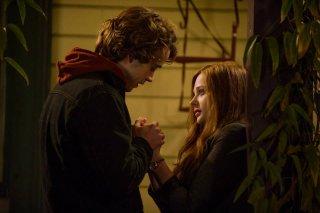 Resta anche domani: Chloe Moretz e Jamie Blackley in un'immagine romantica