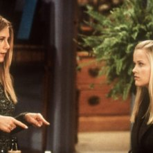 Friends: Jennifer Aniston e Reese Whiterspoon nell'episodio Una visita inattesa