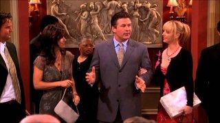 Friends: Courtney Cox, Alec Baldwin e Lisa Kudrow nell'episodio Invito a Massapequa