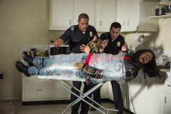 Bastardi in divisa: Jake M. Johnson con Keegan-Michael Key e Damon Wayans Jr. in una scena