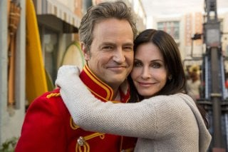 COugar Town: Matthew Perry e Courtney Cox insieme sul set
