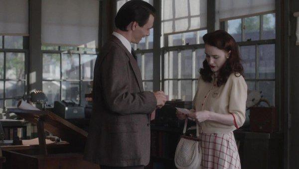 Manhattan: una sequenza con Ashley Zukerman nell'episodio The New World