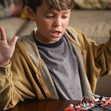 Extant: un'immagine di Pierce Gagnon nell'episodio A New World