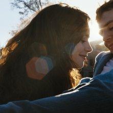 Scrivimi ancora: Lily Collins con Sam Claflin in una scena del film