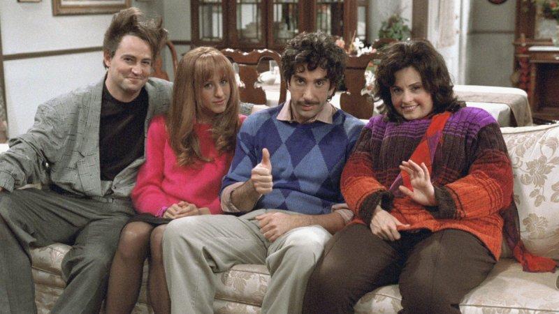 Quando fa Monica e Chandler iniziano incontri datazione di una ragazza 4 anni più giovane