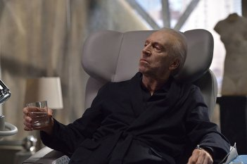 The Strain: Jonathan Hyde nell'episodio Loved Ones