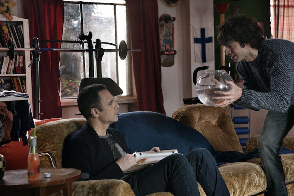 Fratelli Unici: Raoul Bova e Luca Argentero discutono animatamente in una scena del film