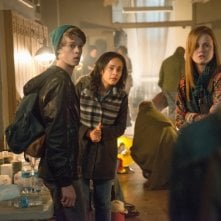 Under the Dome: Colin Ford, Mackenzie Lintz e Karla Crome nell'episodio Black Ice