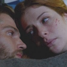 Under the Dome: Rachelle Lefevre e Mike Vogel nell'episodio Black Ice