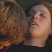 Under the Dome: Mike Vogel e Rachelle Lefevre nell'episodio Black Ice