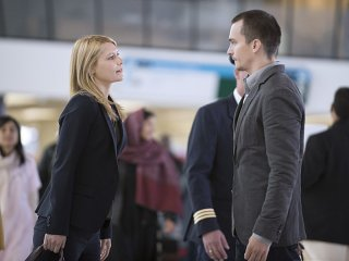 Homeland: Claire Danes e Rupert Friend nell'episodio The Drone Queen