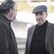 Homeland: Mandy Patinkin e F. Murray Abraham in una scena dell'episodio Trylon and Perisphere