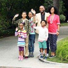Black-ish: Anthony Anderson con il resto del cast nella premiere della serie