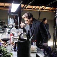 Forever: un'immagine di Ioan Gruffudd nella premiere della serie