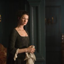 Outlander: Caitriona Balfe in una scena dell'episodio The Garrison Commander