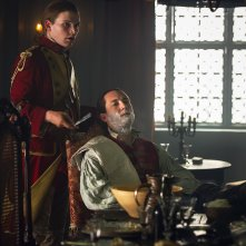 Outlander: una scena con Tobias Menzies nell'episodio The Garrison Commander