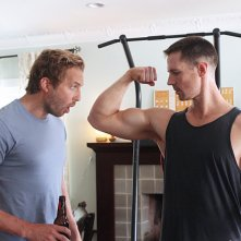Play It Again, Dick: Ryan Hansen con Jason Dohring in una scena del primo episodio