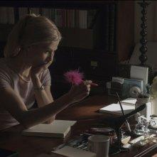L'amore bugiardo - Gone Girl: Rosamund Pike in una scena