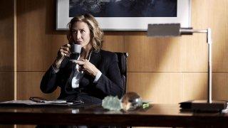 The Honourable Woman: Janet McTeer in una scena