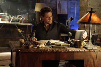 Forever: Ioan Gruffudd nell'episodio Look Beofre You Leap