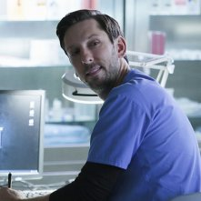 Forever: Joel David Moore nell'episodio Look Beofre You Leap
