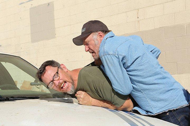 The Bridge: Matthew Lillard e Ted Levine nell'episodio Quetzalcoatl