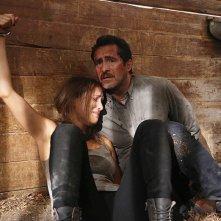 The Bridge: Demian Bichir e Jenny Pellicer nell'episodio Quetzalcoatl