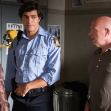 Under the Dome: Dean Norris, Alexander Kochs e Sherry Stringfields nell'episodio Turn