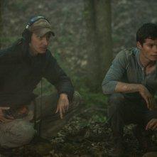 Maze Runner - Il labirinto: Dylan O'Brien con il regista Wes Ball sul set