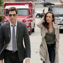 Stalker: Maggie Q e Dylan McDermott nel pilot della serie