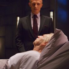 The Strain: Jonathan Hyde e Richard Sammel nell'episodio Last Rites