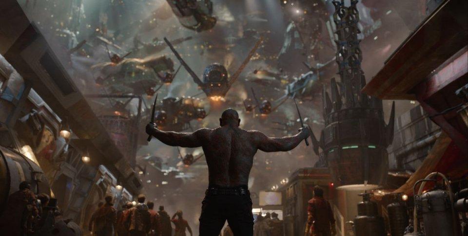Guardiani della Galassia: CDrax, interpretato da Dave Bautista, in una scena del film