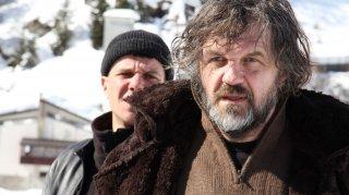 La foresta di ghiaccio: Emir Kusturica in una scena del film