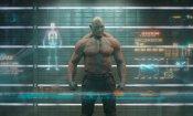 """Guardiani della Galassia: Chris Pratt e """"l'invisibile"""" Drax in una foto dal set"""