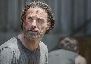 The Walking Dead: Andrew Lincoln in una scena dell'episodio No Sanctuary