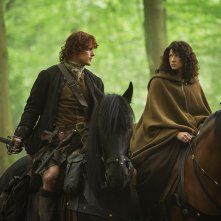 Outlander: Sam Heughan e Caitriona Balfe nell'episodio Both Sides Now