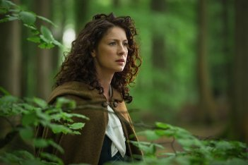 Outlander: Caitriona Balfe nell'episodio Both Sides Now