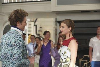 Revenge: Gabriel Mann e Emily VanCamp nell'episodio Renaissance