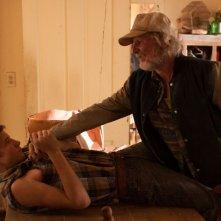 """Gary Poulter nei panni del padre violento di Tye Sheridan in una scena di """"Joe"""""""