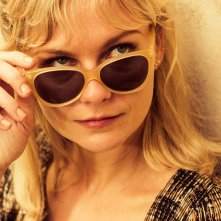 I due volti di gennaio: Kirsten Dunst in un bel primo piano tratto dal film