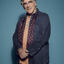 Mulaney: Elliott Gould in un'immagine promozionale della serie