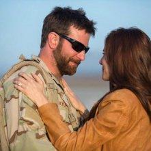 American Sniper: Bradley Cooper e Sienna Miller in una scena del film