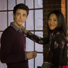 The Flash: Candice Patton e Grant Gustin in City of Heroes