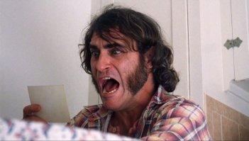 Inherent Vice: l'urlo di un terrorizzato Joaquin Phoenix