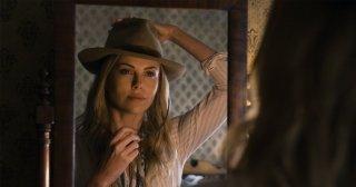 Un milione di modi per morire nel West: Charlize Theron nel ruolo di Anna in una scena del film