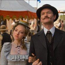 Un milione di modi per morire nel West: Amanda Seyfried con Neil Patrick Harris in un momento del film