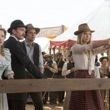 Un milione di modi per morire nel West: una scena di gruppo tratta dal film
