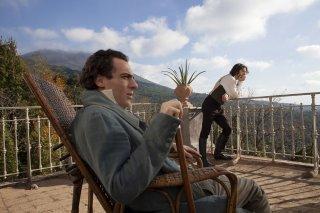Il giovane favoloso: Elio Germano e Michele Riondino in una scena del film